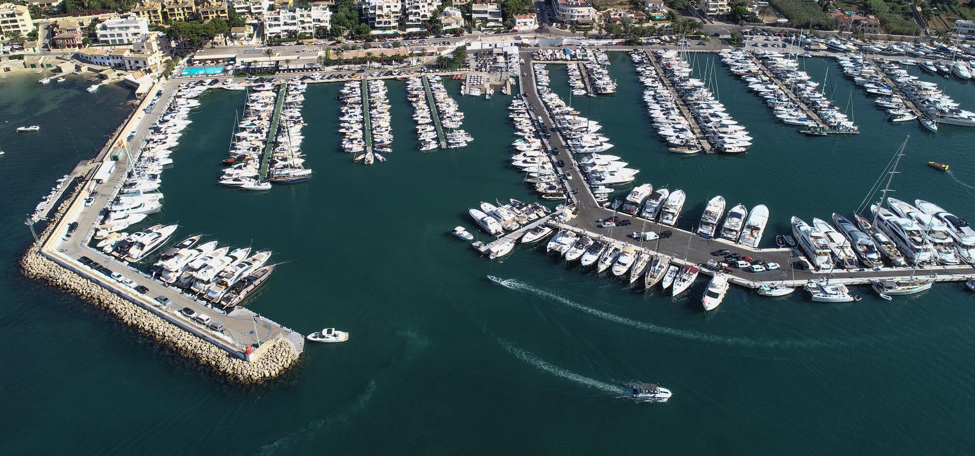 Club de Vela Puerto Andratx desde el aire